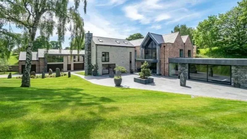 binnenkijken-in-de-nieuwe-villa-van-cristiano-ronaldo
