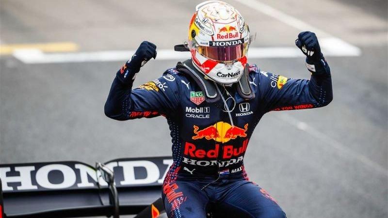 Bookmakers over Grand Prix Frankrijk: Hamilton favoriet, maar moet waken voor Verstappen