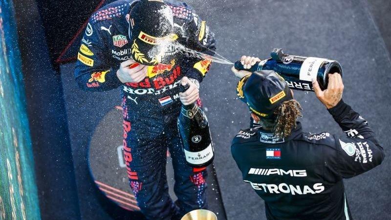 Bookmakers zien Hamilton én Verstappen als favoriet voor Grand Prix van Monaco