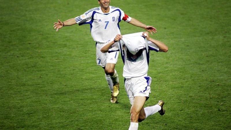 het-sprookje-van-euro-2004-voetbalfan-wint-300-000-pond-door-griekenland-als-winnaar-aan-te-wijzen