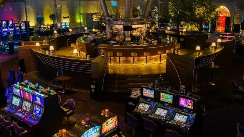 holland-casino-wint-zaak-en-mag-24-uur-per-dag-geopend-blijven