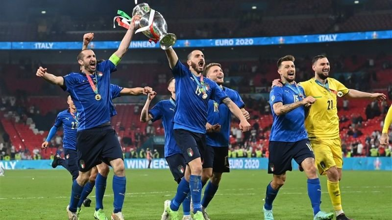 italianen-ontvangen-bonus-van-kwart-miljoen-euro-na-winnen-ek-finale