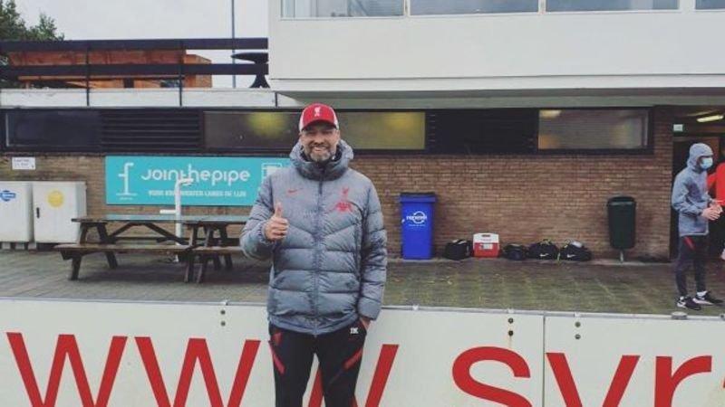 liverpool-coach-jurgen-klopp-voor-even-trainer-bij-amstelveense-amateurs