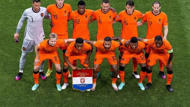 Nederlands elftal verdient miljoenen bij overwinning op Oostenrijk en plaatsing voor de achtste finales