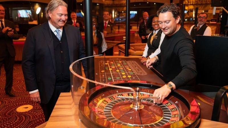 tino-martin-heropent-holland-casino-na-maandenlange-sluiting