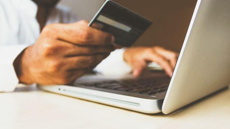 vragen-over-online-gokken-21-een-online-casino-beginnen-wat-kost-een-vergunning
