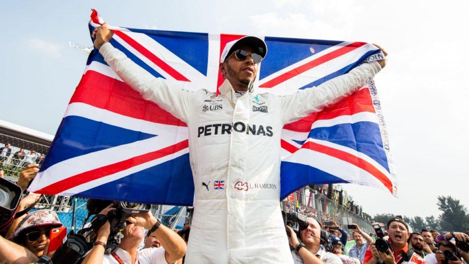 bookmaker-lewis-hamilton-wint-vijfde-wereldtitel-in-de-formule-1