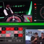 VIDEO: Jongens van Skets proberen geld te maken via online roulette